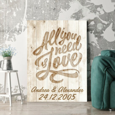Personalisierbares Geschenk All You Need Is Love