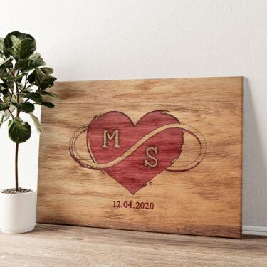 Graviertes Herz Wandbild personalisiert