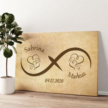 Innige Liebe Wandbild personalisiert