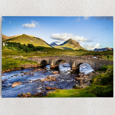 Personalisiertes Leinwandbild Natursteinbrücke in Schottland