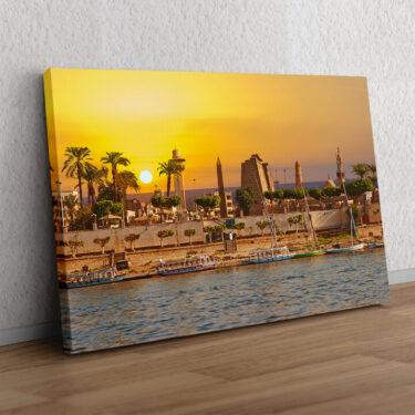 Nil bei Sonnenuntergang
